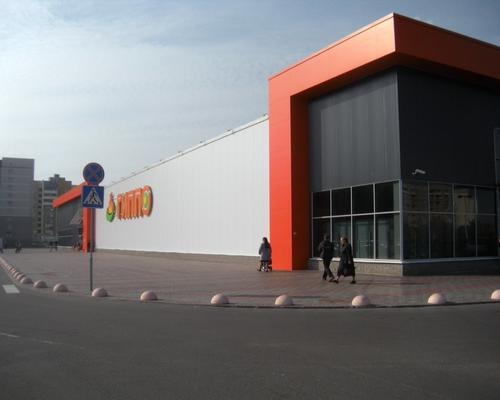Збірний торговий центр з сендвіч-панелей